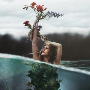 Default rosewater girl