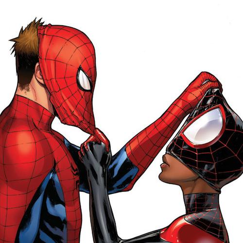 Default spider men unmasked